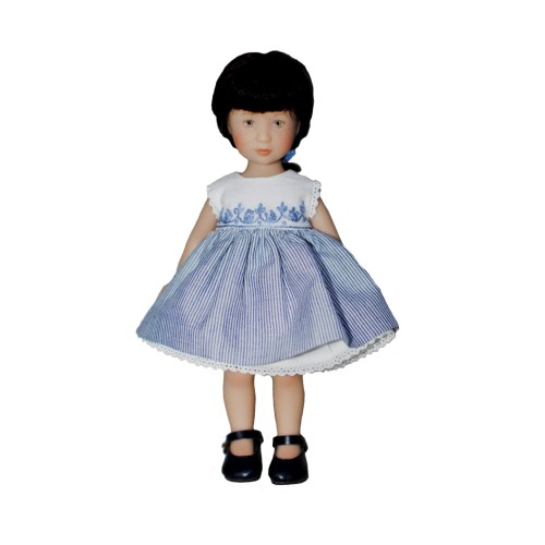 Besticktes Kleid mit Jeansrock
