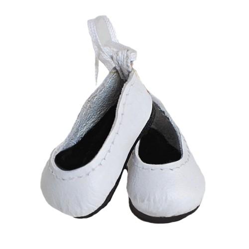 Doll ballerinas